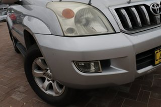 2006 Toyota Landcruiser Prado GRJ120R GXL Silver 5 Speed Automatic SUV.