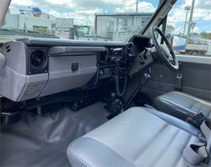 2006 Toyota Landcruiser HZJ79R (4x4) White 5 Speed Manual Cab Chassis