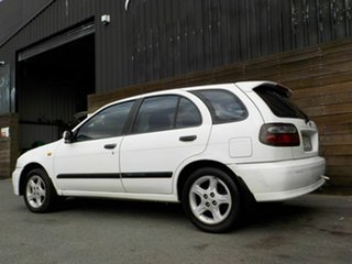 2000 Nissan Pulsar N15 S2 SSS White 4 Speed Automatic Hatchback