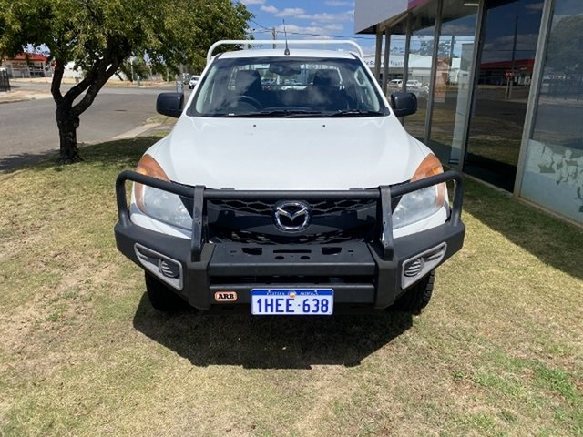 Used Mazda BT-50 XT Freestyle (4x4) Katanning, 2014 Mazda BT-50 XT Freestyle (4x4) Cool White 6 Speed Manual Cab Chassis