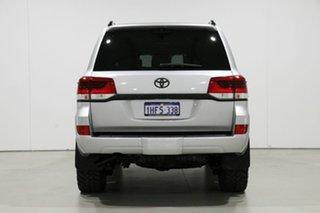 2016 Toyota Landcruiser VDJ200R MY16 Sahara (4x4) Silver 6 Speed Automatic Wagon