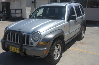 2005 Jeep Cherokee KJ MY2005 Sport Silver 5 Speed Automatic Wagon.