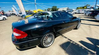 2005 Mercedes-Benz CLK-Class A209 MY06 CLK350 Elegance Black 7 Speed Sports Automatic Cabriolet.