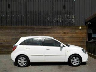 2010 Kia Rio JB MY10 S White 4 Speed Automatic Hatchback.