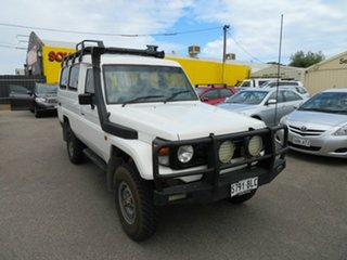 2003 Toyota Landcruiser HZJ78R (4x4) 3 Seat White 5 Speed Manual 4x4 TroopCarrier.