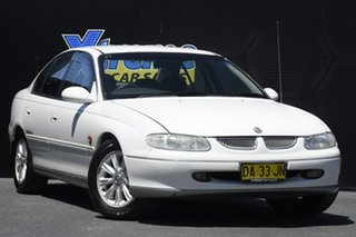 1998 Holden Calais VT White 4 Speed Automatic Sedan.