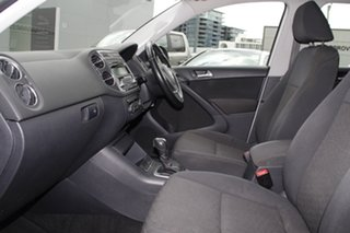 2013 Volkswagen Tiguan 5N MY14 118TSI DSG 2WD White 6 Speed Sports Automatic Dual Clutch Wagon.