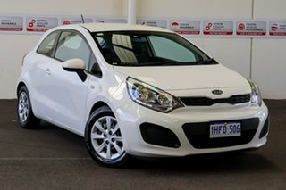2013 Kia Rio UB MY13 S White 6 Speed Manual Hatchback.