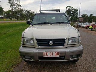 2000 Holden Jackaroo U8 MY00 SE Gold 5 Speed Manual Wagon.