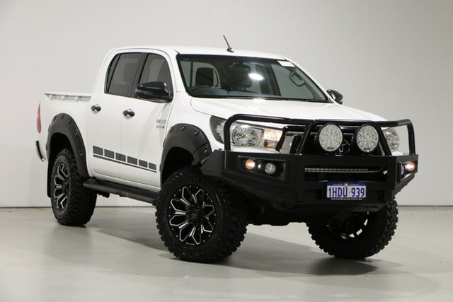 Used Toyota Hilux GUN126R MY19 SR (4x4) Bentley, 2018 Toyota Hilux GUN126R MY19 SR (4x4) White 6 Speed Automatic Double Cab Pick Up