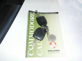 2002 Holden Commodore VX II Exec White 4 Speed Automatic Sedan