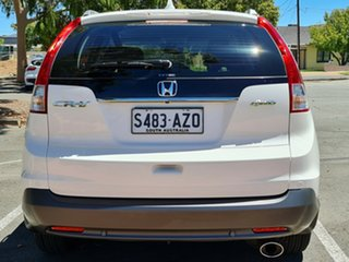 2013 Honda CR-V RM MY14 VTi-S 4WD White/clothr 5 Speed Sports Automatic Wagon.