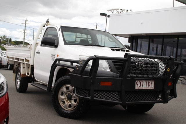 Used Toyota Hilux KUN26R MY12 Workmate Mount Gravatt, 2013 Toyota Hilux KUN26R MY12 Workmate White 5 Speed Manual Cab Chassis