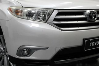 2013 Toyota Kluger GSU40R MY12 Altitude 2WD White 5 Speed Sports Automatic Wagon.