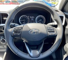 2020 Hyundai Venue QX.V3 MY21 Elite (Black Interior) Phantom Black & White Roof 6 Speed Automatic