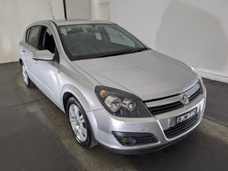 2006 Holden Astra AH MY06.5 CDTi Silver 6 Speed Sports Automatic Hatchback.