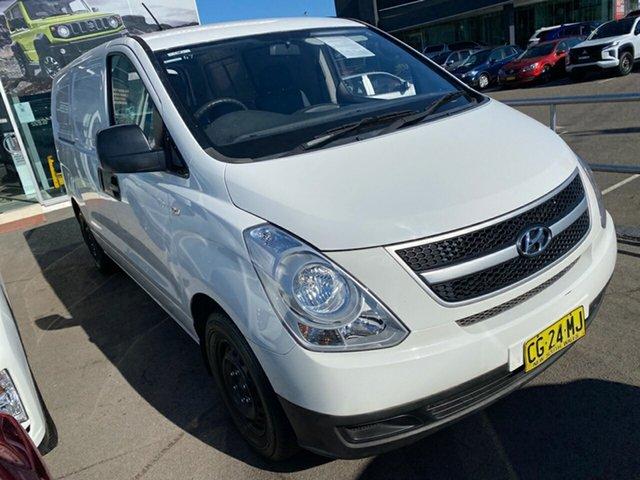 Used Hyundai iLOAD TQ3-V Series II MY16 Cardiff, 2015 Hyundai iLOAD TQ3-V Series II MY16 White 5 Speed Manual Van