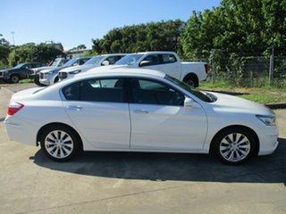 2014 Honda Accord 9th Gen MY14 VTi-S White 5 Speed Sports Automatic Sedan.
