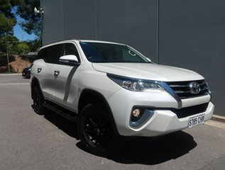 2015 Toyota Fortuner GUN156R GXL White 6 Speed Automatic Wagon.