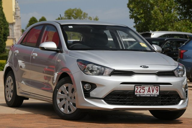 Demo Kia Rio YB MY21 S Toowoomba, 2020 Kia Rio YB MY21 S Silky Silver 6 Speed Manual Hatchback