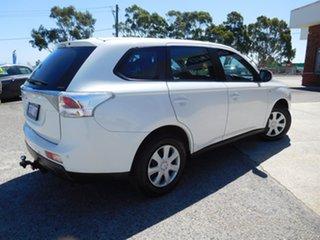 2013 Mitsubishi Outlander ZJ MY13 ES 4WD White 6 Speed Constant Variable Wagon