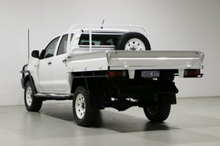 2015 Toyota Hilux KUN26R MY14 SR (4x4) White 5 Speed Manual Dual Cab Chassis