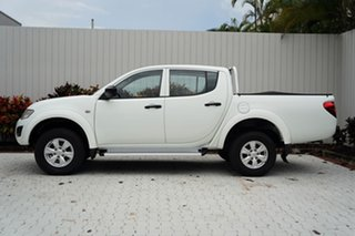 2013 Mitsubishi Triton MN MY14 GLX Club Cab White 5 Speed Manual Utility