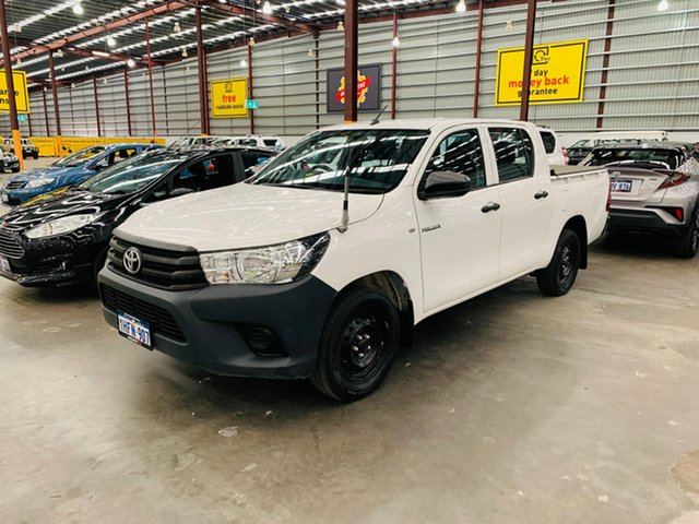 Used Toyota Hilux TGN121R Workmate Double Cab 4x2 Canning Vale, 2016 Toyota Hilux TGN121R Workmate Double Cab 4x2 White 6 Speed Sports Automatic Utility