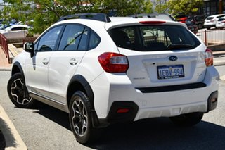 2013 Subaru XV G4X MY14 2.0i AWD Satin White Pearl 6 Speed Manual Wagon.