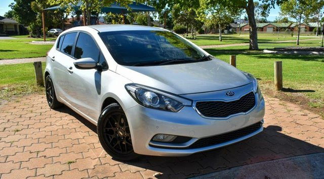 Used Kia Cerato YD MY14 S Ingle Farm, 2013 Kia Cerato YD MY14 S Silver 6 Speed Manual Hatchback