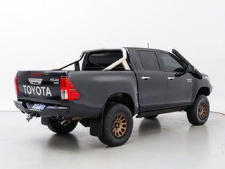 2020 Toyota Hilux GUN126R MY19 Upgrade SR5 (4x4) Black 6 Speed Automatic Double Cab Pick Up