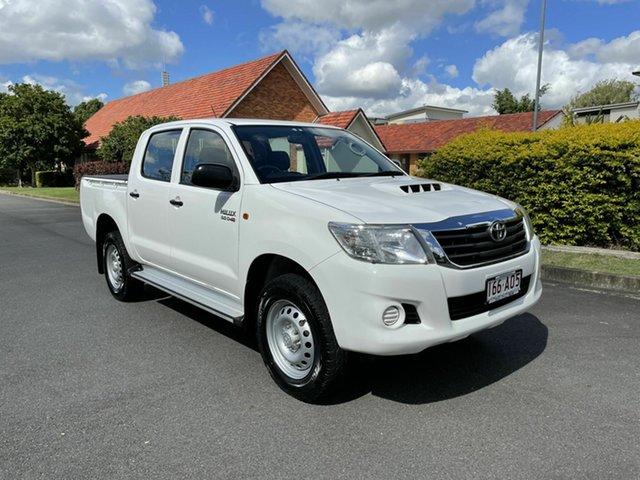 Used Toyota Hilux KUN26R SR Chermside, 2013 Toyota Hilux KUN26R SR White 5 Speed Automatic Dual Cab