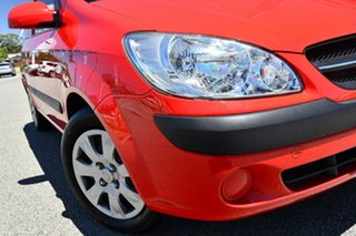 2011 Hyundai Getz TB MY09 S Red/Black 4 Speed Automatic Hatchback.