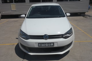 2011 Volkswagen Polo 6R MY11 66TDI Comfortline White 5 Speed Manual Hatchback.