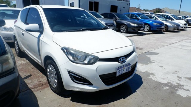 Used Hyundai i20 PB MY13 Active St James, 2013 Hyundai i20 PB MY13 Active White 6 Speed Manual Hatchback