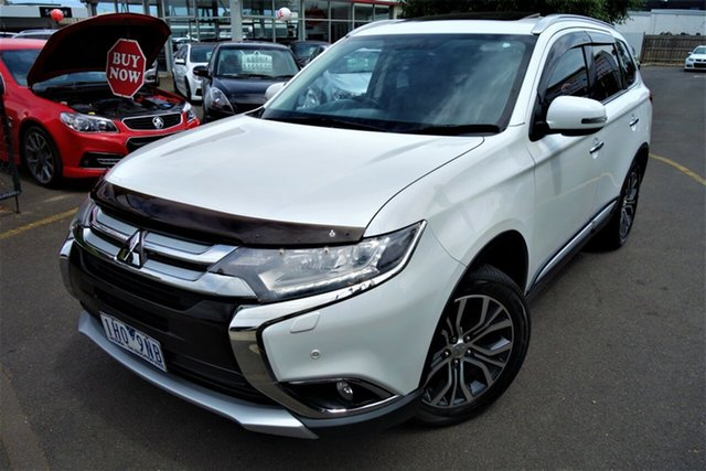 Used Mitsubishi Outlander ZK MY16 Exceed 4WD Seaford, 2015 Mitsubishi Outlander ZK MY16 Exceed 4WD White 6 Speed Constant Variable Wagon