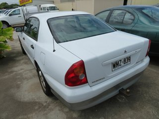 2000 Mitsubishi Magna White 4 Speed Automatic Sedan.