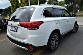 2015 Mitsubishi Outlander ZK MY16 Exceed 4WD White 6 Speed Constant Variable Wagon.