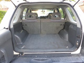 2001 Holden Frontera MX (4x4) White 5 Speed Manual Wagon