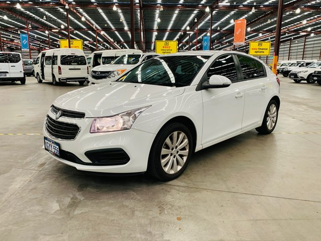 Used Holden Cruze JH Series II MY16 Equipe Canning Vale, 2016 Holden Cruze JH Series II MY16 Equipe White 6 Speed Sports Automatic Hatchback