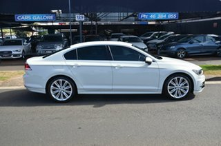 2015 Volkswagen Passat White Auto Active Select Sedan.