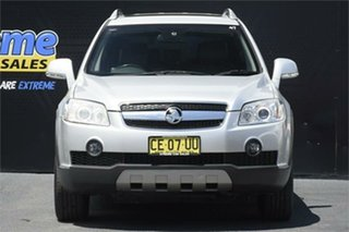 2010 Holden Captiva CG MY10 LX AWD Silver 5 Speed Sports Automatic Wagon.