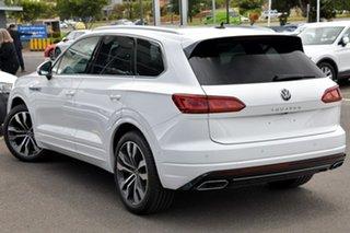 2020 Volkswagen Touareg CR MY21 210TDI Tiptronic 4MOTION R-Line White 8 Speed Sports Automatic Wagon.