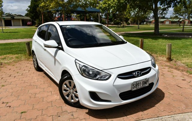 Used Hyundai Accent RB3 MY16 Active Ingle Farm, 2016 Hyundai Accent RB3 MY16 Active White 6 Speed Constant Variable Hatchback