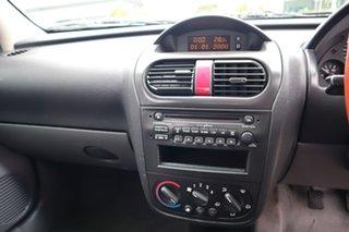 2004 Holden Combo XC 5 Speed Manual Van