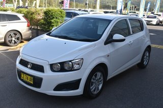2015 Holden Barina TM MY16 CD White 5 Speed Manual Hatchback.