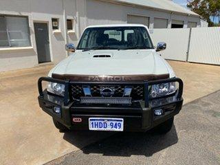 2011 Nissan Patrol GU 7 MY10 ST White 5 Speed Manual Wagon.