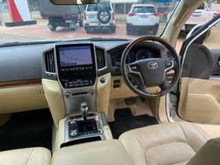2017 Toyota Landcruiser VDJ200R Sahara Crystal Pearl 6 Speed Sports Automatic Wagon