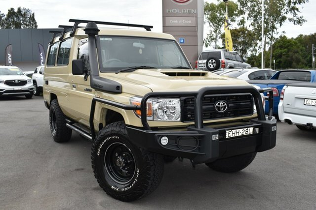 Used Toyota Landcruiser VDJ78R Workmate Troopcarrier Tuggerah, 2020 Toyota Landcruiser VDJ78R Workmate Troopcarrier Sandy Taupe/vinyl 5 Speed Manual Wagon