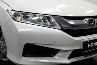 2016 Honda City GM MY16 VTi White 5 Speed Manual Sedan.